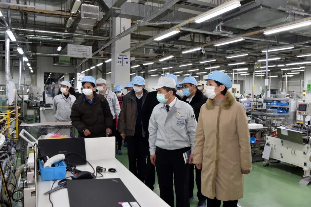 蒋敏、崔荣国带队检查安全生产和防疫工作